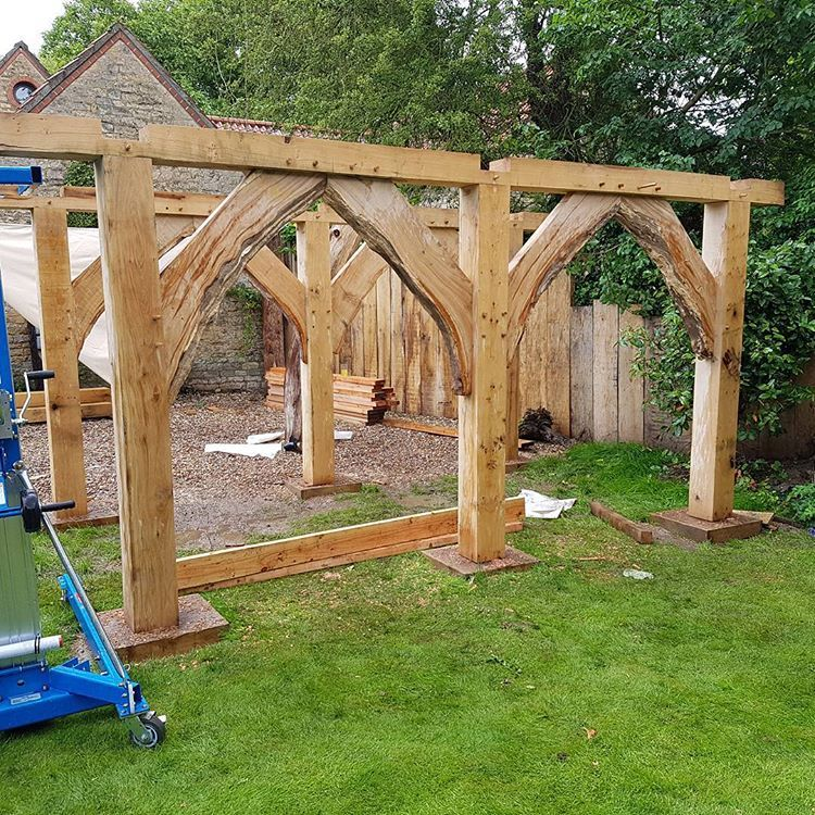 That will do for today keeps bloody raining #joiners #joinery #woodwork #wood #englishcarpentry #dowoodworking #woodworking #bespoke #oakframe #oak #traditional #design #timberframe #timberframing