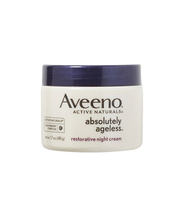 6 Products That Reverse Dry Crepey Skin Via Byrdiebeauty Night Creams Crepey Skin Cream For Oily Skin