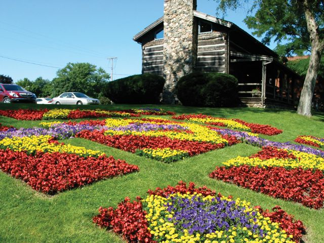 Quilt Gardens Goshen Indiana Amish Country Beautiful Gardens Garden Tours