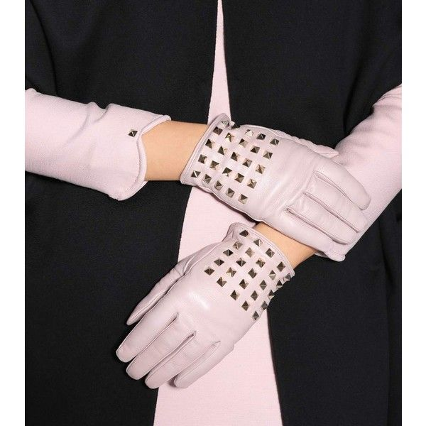 Valentino Rockstud Cashmere-Lined Leather Gloves (438.790 CLP) ❤ liked on Polyvore featuring accessories, gloves, valentino gloves, leather gloves and real leather gloves