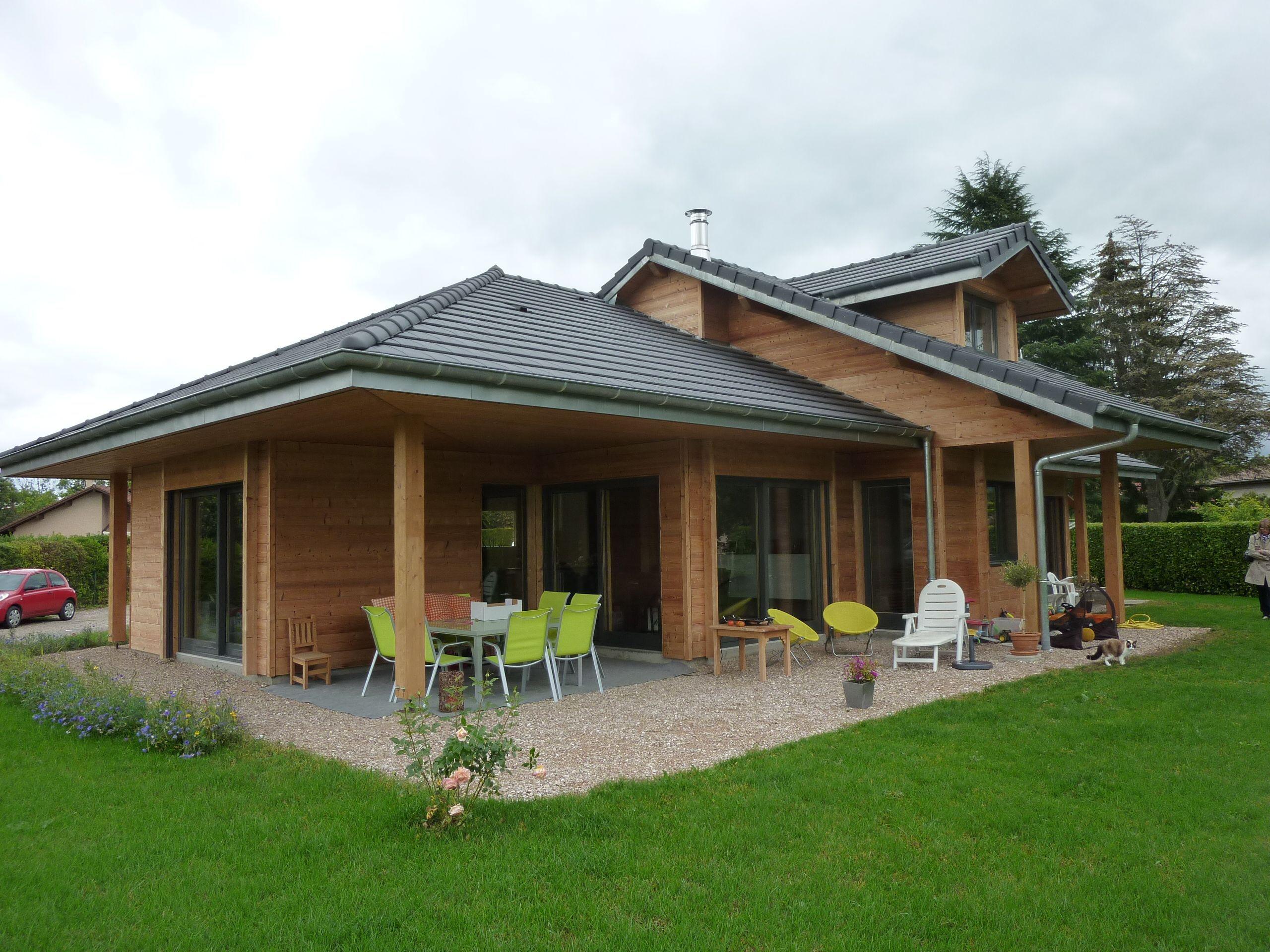 Plans et photos de mod¨les de maisons bois contemporaines