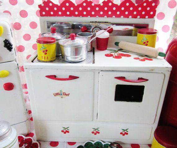 Vintage Toy Tin Cherry Kitchen Play Stove Child Dishes Red Kitchen #vintagetoys
