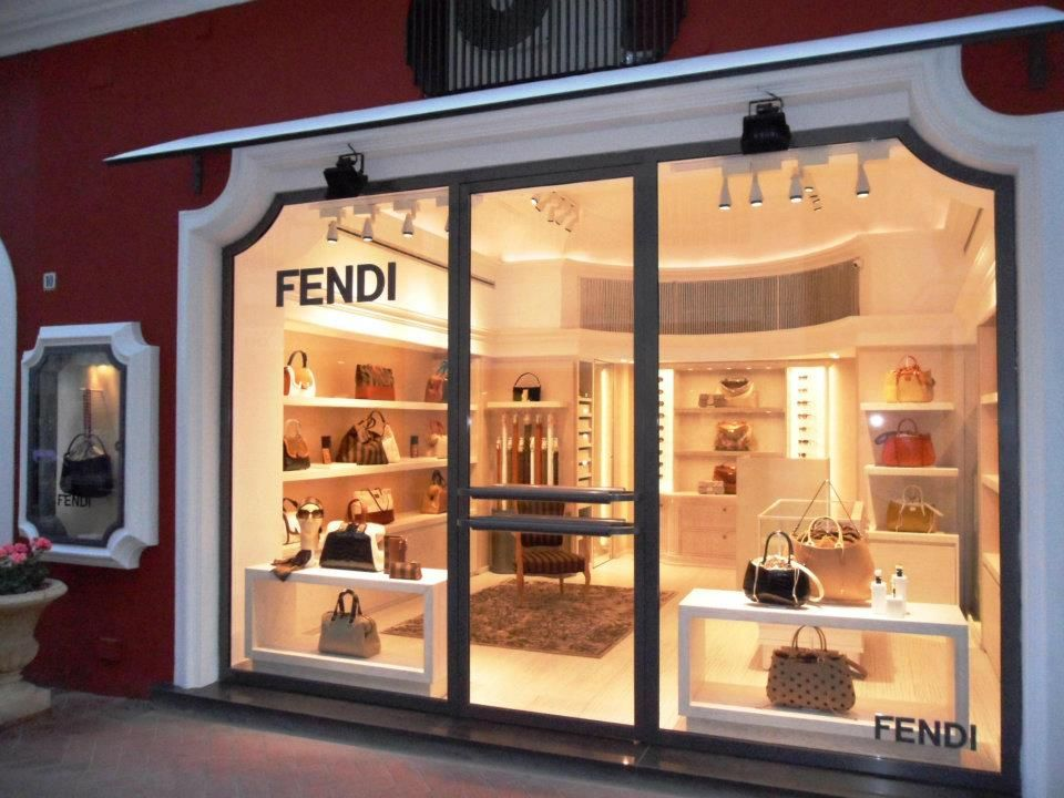finest selection 8f8ba 1fcb5 Cannot wait to visit FENDI Boutique in Capri, Italy | Shops ...