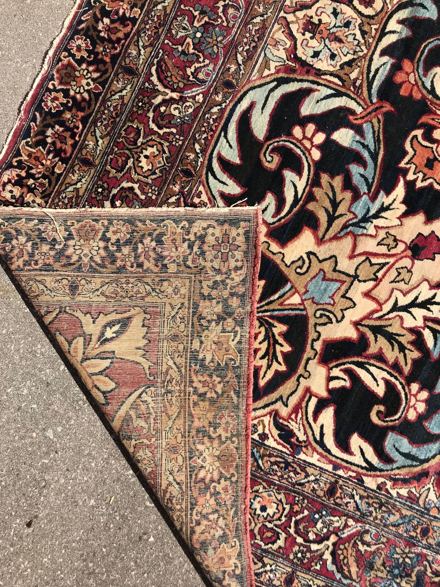 Antique Persian Kermanshah Rug A Look At The Knots On The