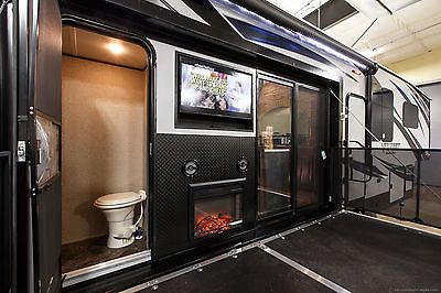 New 2016 40d12 4 Season Side Deck Slide Out Luxury 5th