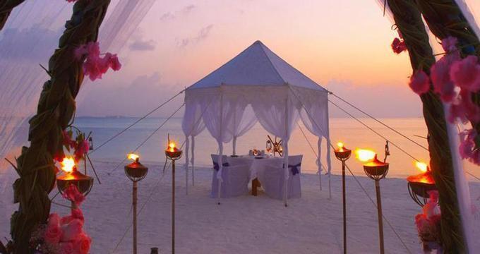 21 Most Romantic Beach Wedding Destinations Strandhochzeit