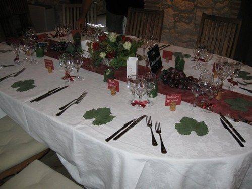 d coration de table sur le th me du vin mariage th me vin marriage. Black Bedroom Furniture Sets. Home Design Ideas