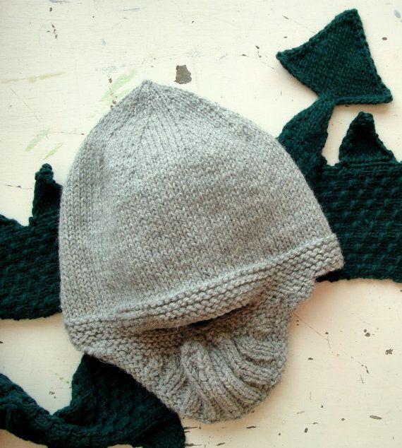 Pattern- knight's helmet | Knights helmet, Knitting ...