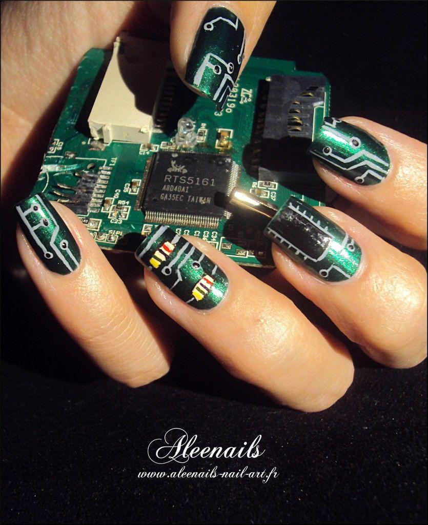 http://aleenails-nail-art.fr/nail-art-pour-geek/   Nails   Pinterest ...