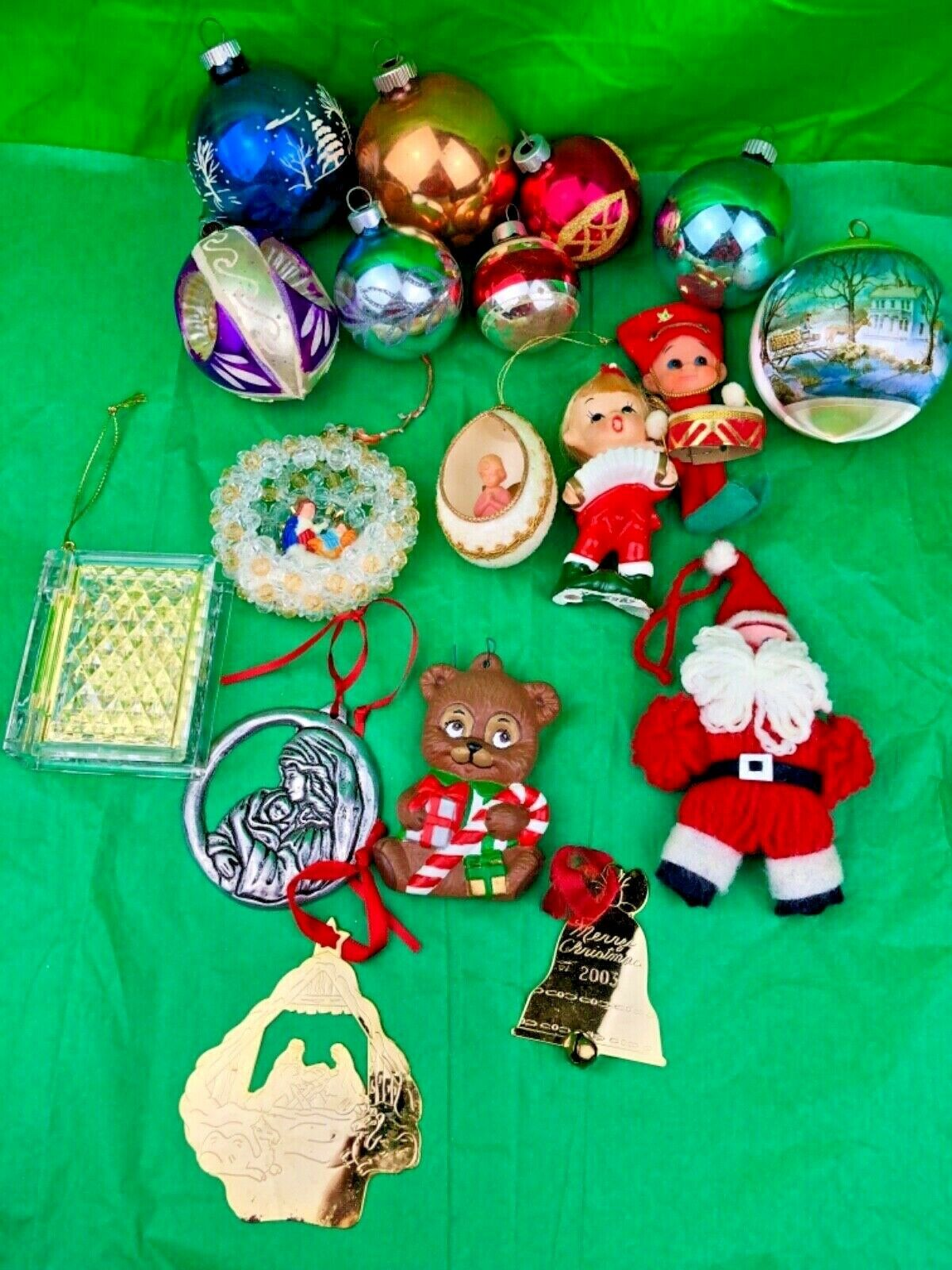 Christmas Ornaments Mixed Lot Of 18 Collectibles Ebay Christmas Decorations Ornaments Christmas Ornaments Dog Christmas Ornaments
