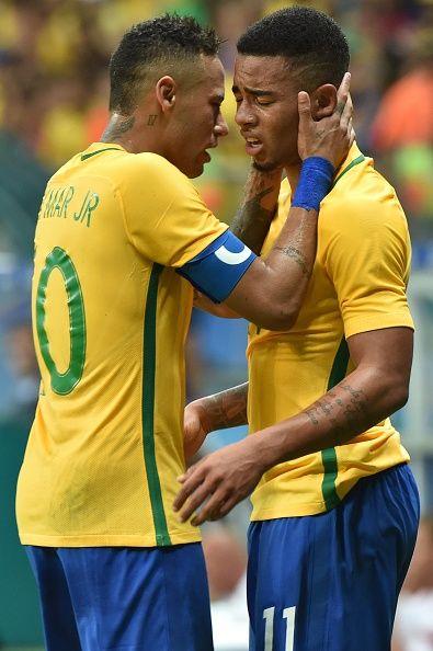Neymar   Gabriel Jesus  d378b4f7b79c3