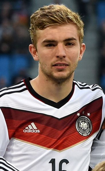 Christoph Kramer 2018 blonde cheveux & alternative style de cheveux.