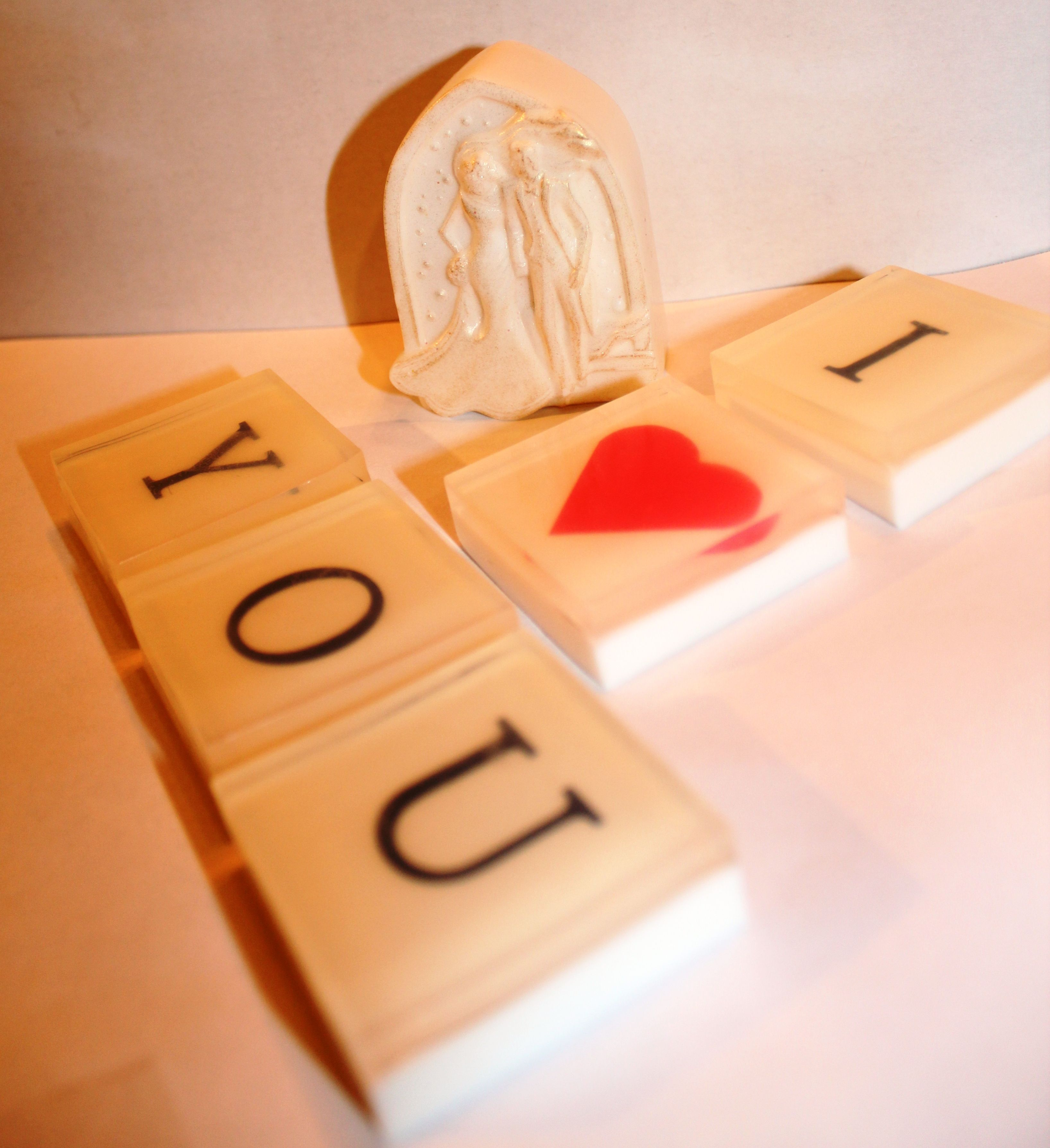 """Wedding Couple Soap Bar Surrounded With """"I Love You"""" Soap"""
