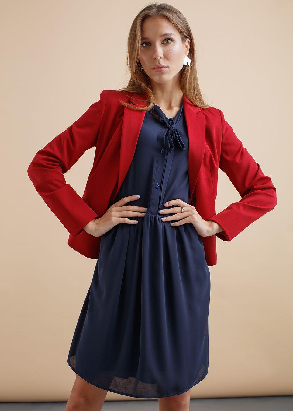 d6cd6c396d58 Осенний образ с шифоновым платьем в романтическом стиле будет смотреться  особенно притягательно, если дополнить его