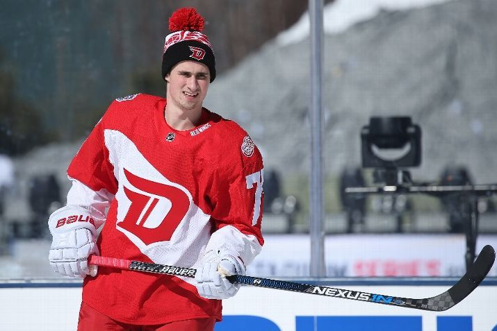 new arrival 42b66 347b9 Dylan Larkin, 02/26/2016 practice before the Coors Light NHL ...