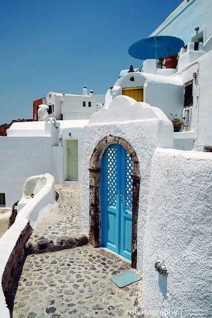 Oia-Village-Santorini-Greece <3