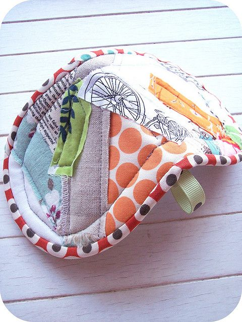 scrappy patchwork potholder | Projets à essayer | Pinterest ...