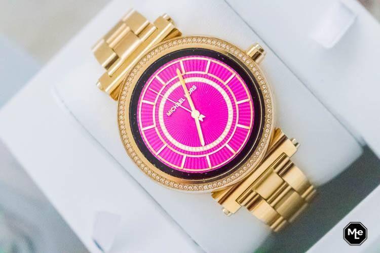 Getest: Michael Kors Acces Sofie smartwatch   Smartwatch
