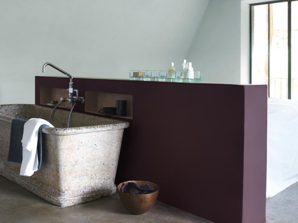 Une salle de bains dans la chambre