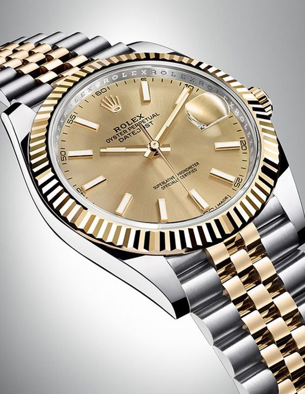 db42af34fd7 The new Rolex Datejust 41 in yellow Rolesor with a champagne-colour dial  and a Jubilee bracelet.
