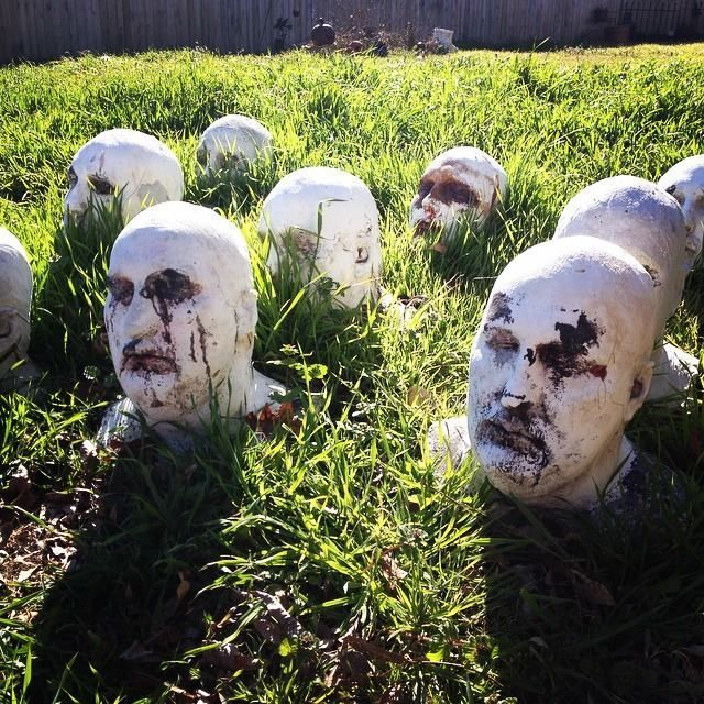 Scary Outside Halloween Decorating Ideas: Allen Hopps Garden~how Awesome Is This To Have A Garden Of