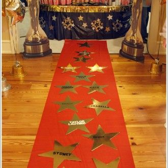 red carpet party red carpet with stars for oscar party. Black Bedroom Furniture Sets. Home Design Ideas