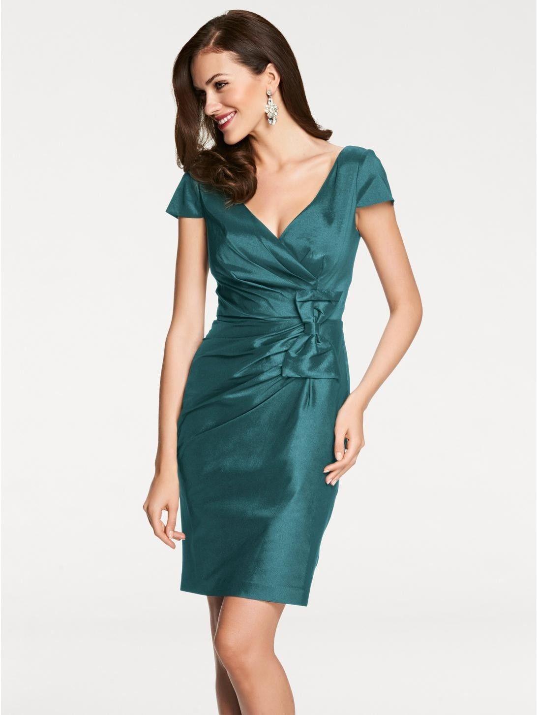 Pin von Tiarella auf Kleidung | Cocktailkleid, Kleider ...