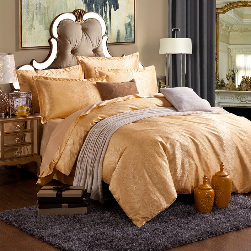 Decorate your bedroom with our quality duvet cover and bedding set
