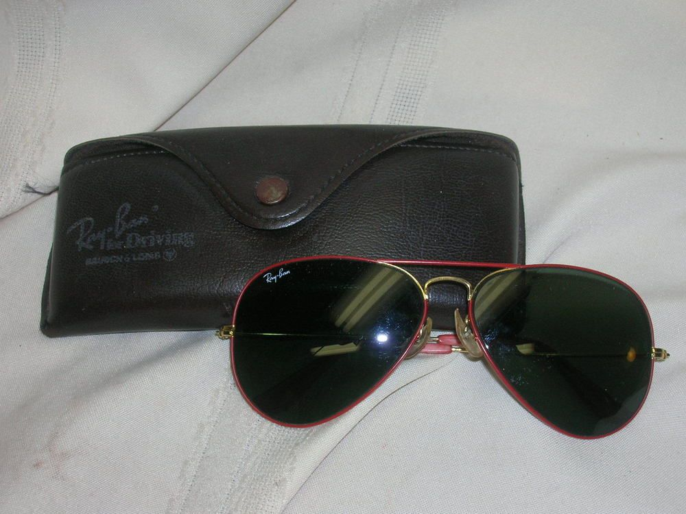 Ray Ban Sunglasses Aviator Red Frames with Case