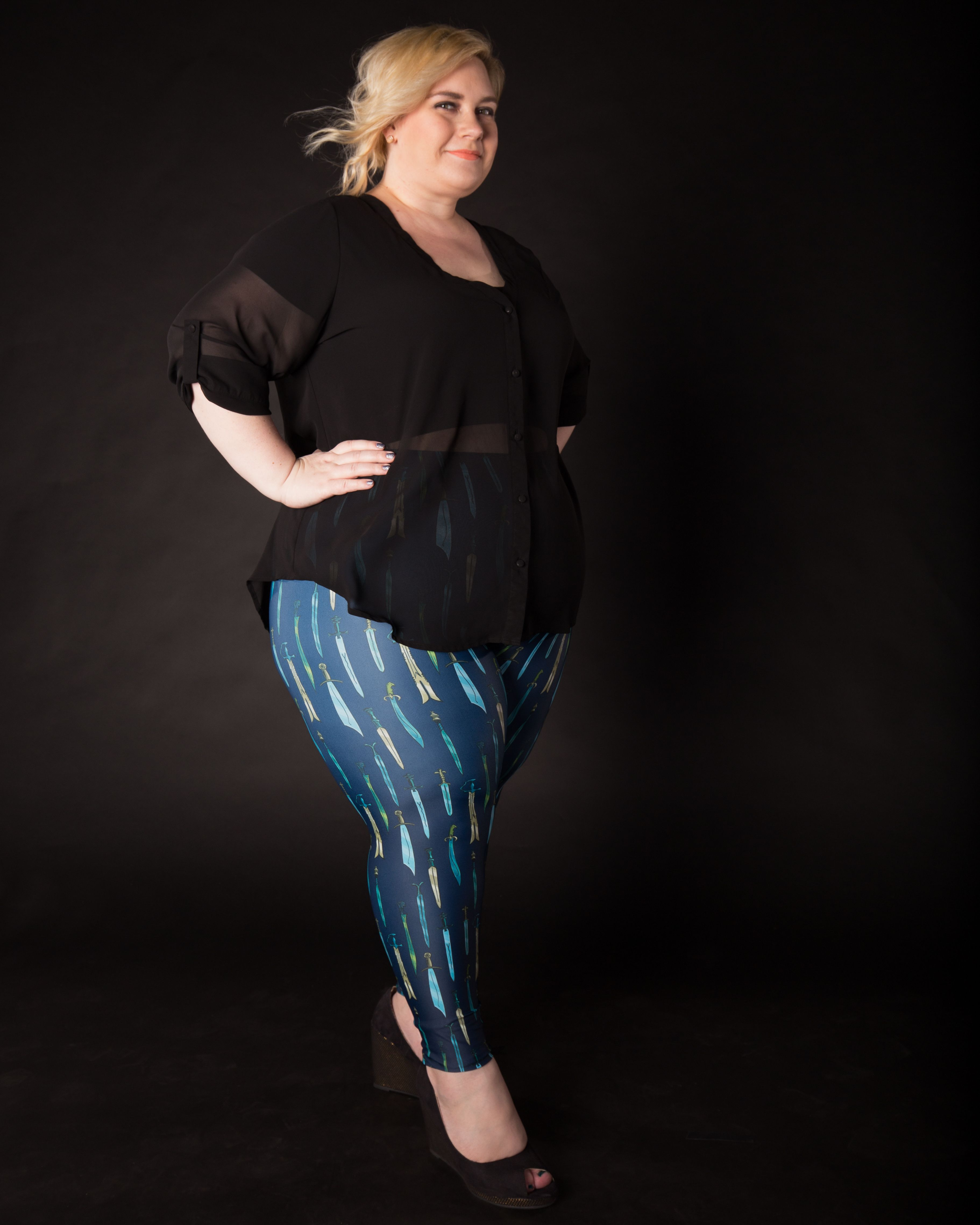 Rachel in #WeaponOfChoice.  plus size fashion, plus size model, plus size leggings