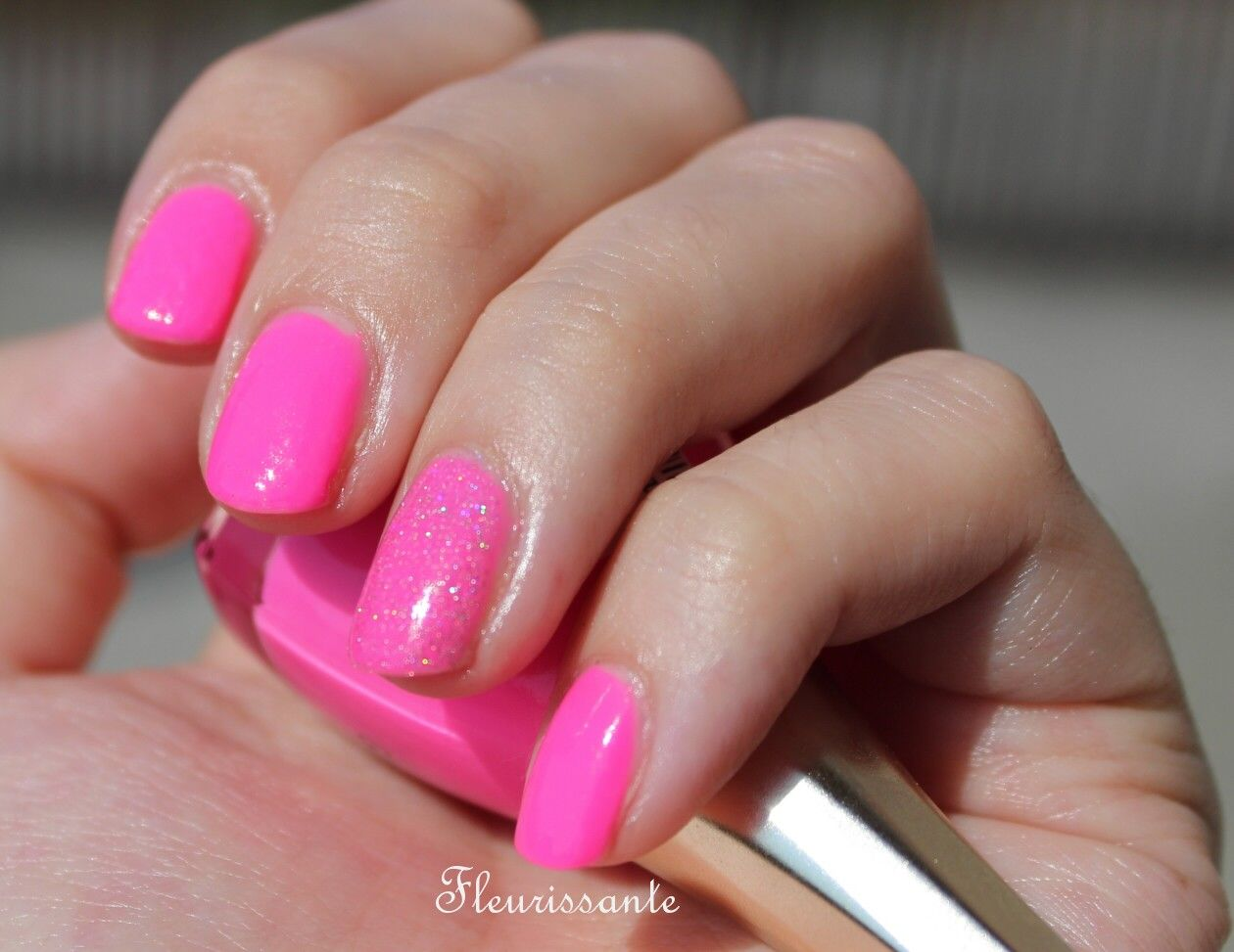 GOLDEN ROSE Paris Nail Polish #91 (pink neon) Review, Swatch and ...