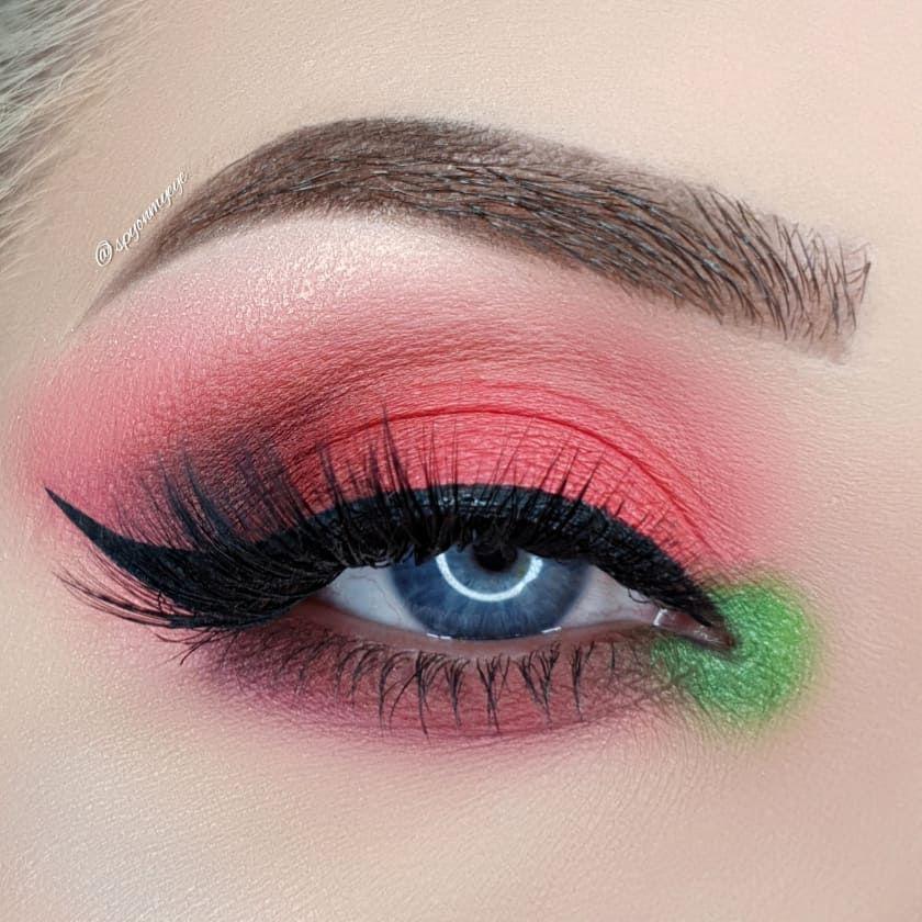 @spyonmyeye wearing West End Eyelashes | The London Edit Collection | Vegan & Cruelty-Free   #LondonCopyright #LondonCopyrightCosmetics #WestEndLashes #VeganLashes #CrueltyFreeLashes #FalseEyelashes #MatteEyeshadow #EyeshadowLook #RedEyeshadow
