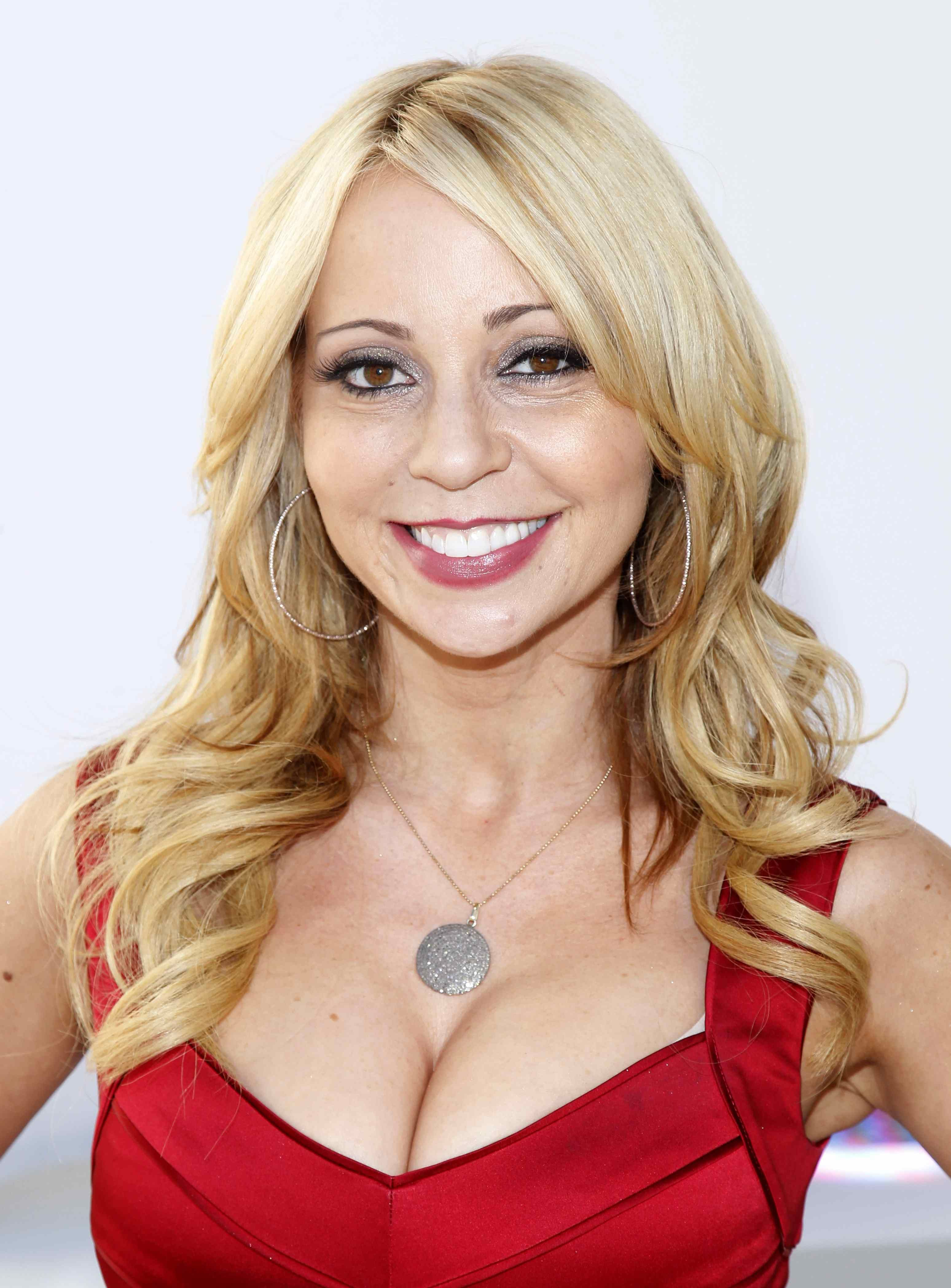 tara strong voice of timmy turner mary jane watson bubbles