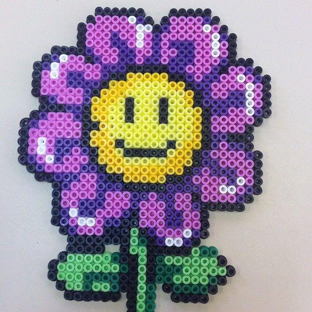 Smiley Purple Flower Hama Perler Beads Perler Beads Pinterest Adorable Perler Bead Flower Patterns
