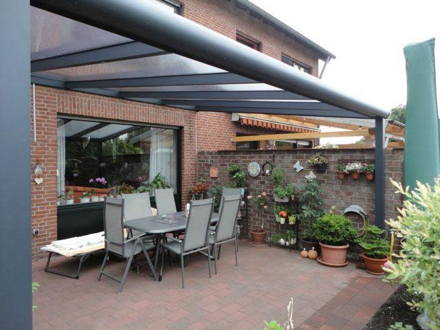 Overdekt terras met gumax terrasoverkapping modern antraciet met