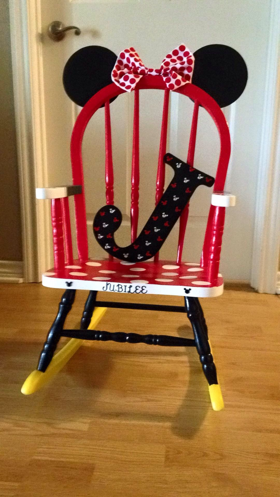 Minnie Mouse Rocking Chair!!! I Have An Old Rocking Chair I Need To Do This  Too Except In Pink U0026 Black U003c3