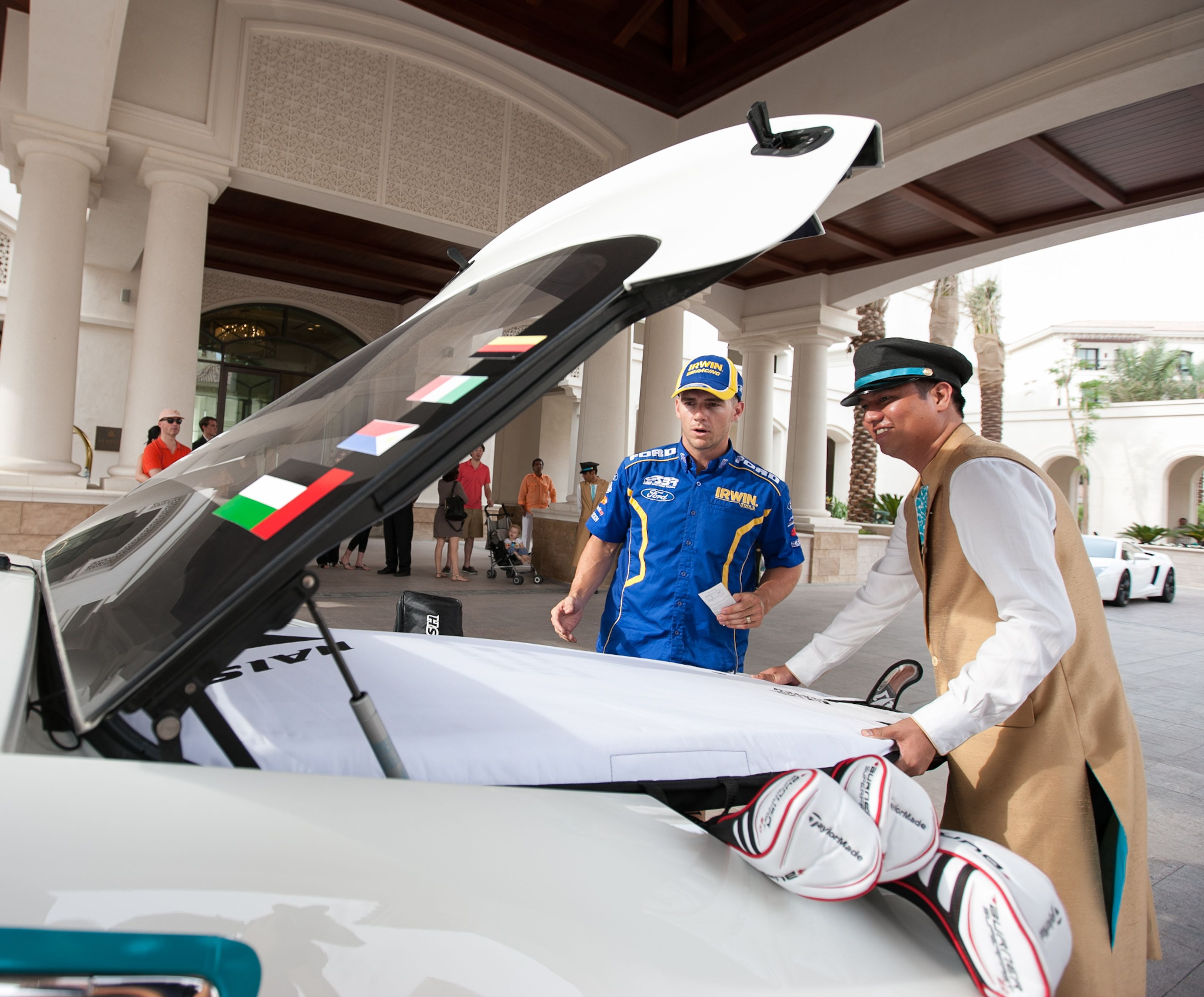 V8 Supercar Driver Lee Holdsworth Arrives In Abu Dhabi On His Way To Yas Marina Circuit Will His Clubs Australian V8 Supercars Abu Dhabi Grand Prix Super Cars