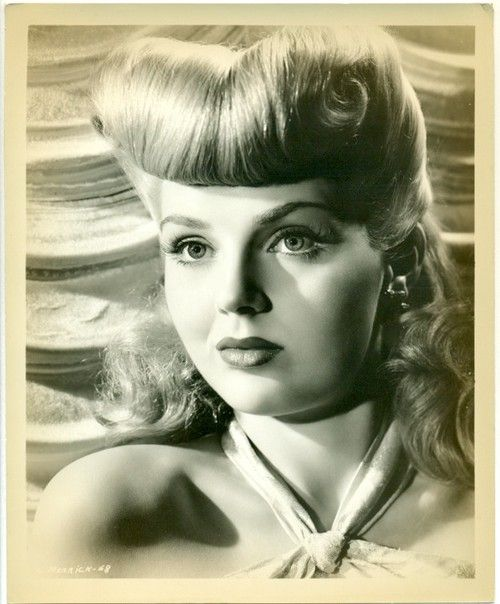 40S Hairstyles Lynn Merrick With Major Hairdo  Retro Hair Style  Pinterest  40S