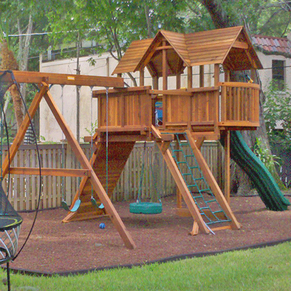Tan Playground Rubber Mulch Everlast Kids Is A Non Toxic