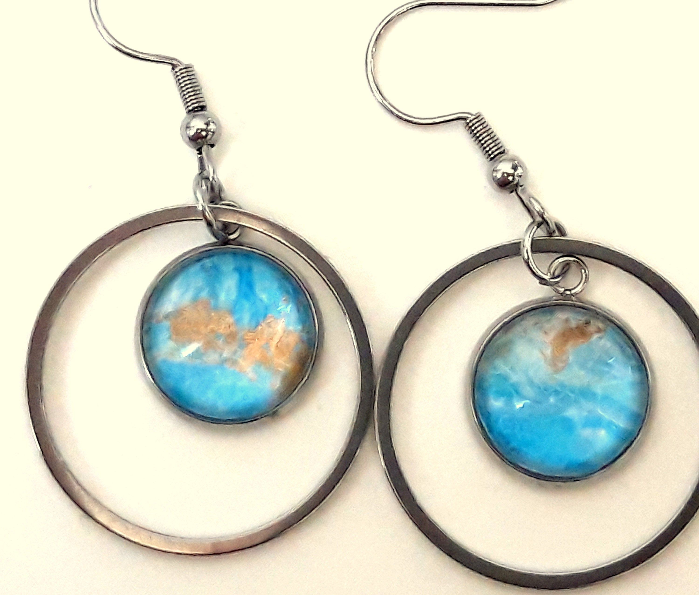 Golden dinging earrings