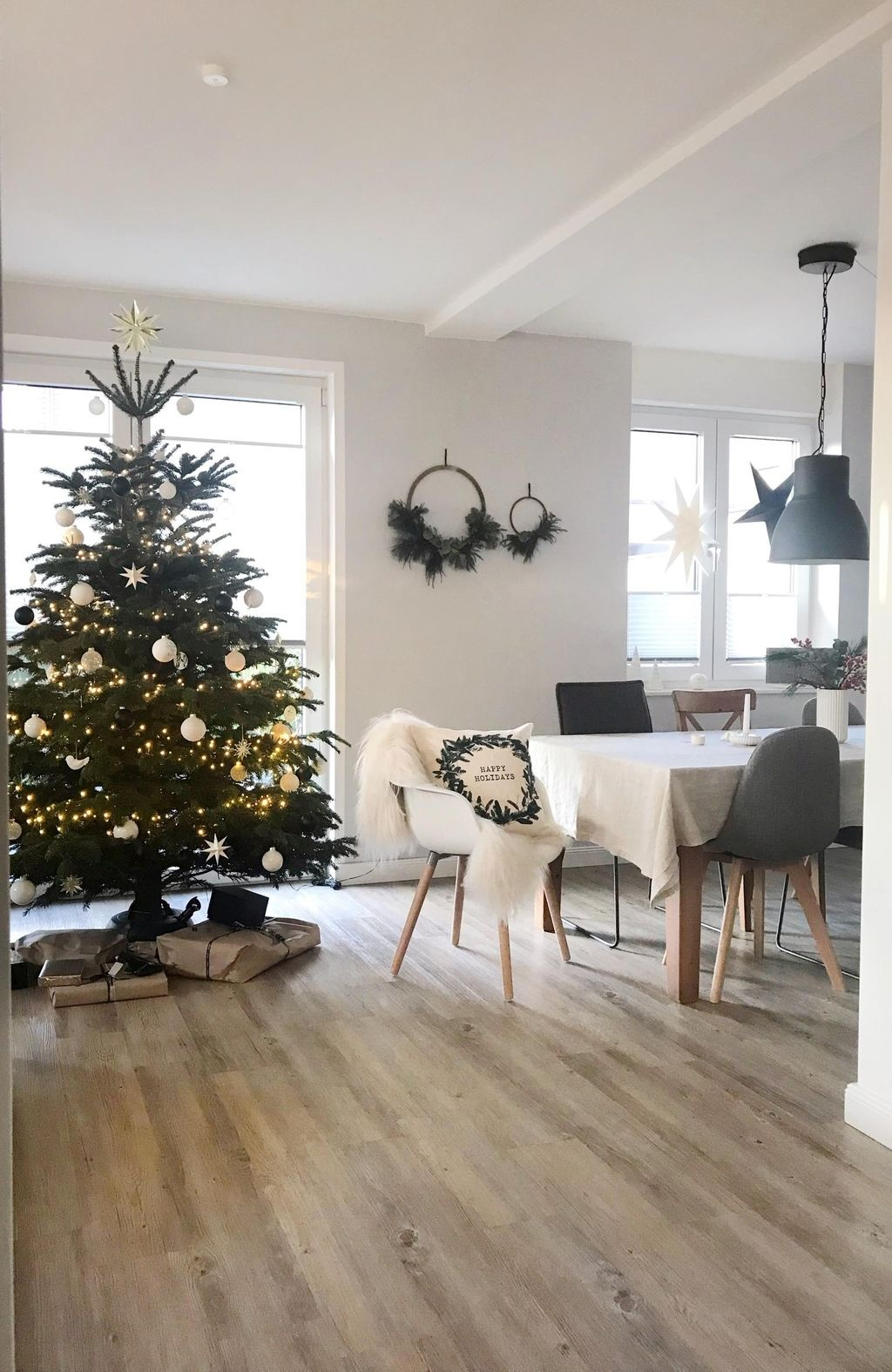 Weihnachten 2018 #christmastime #christmastree #christmasishere #cozyhome #allisbright #weihnachtsdekoration
