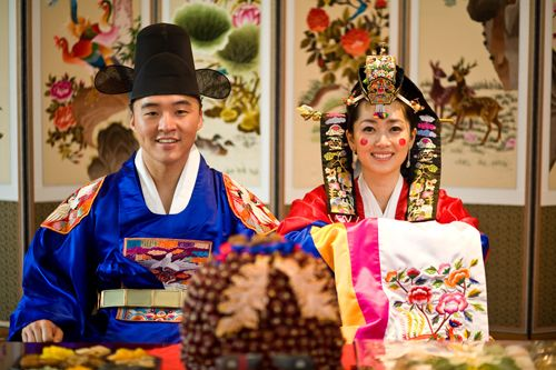 Korean Historical Wedding Costumes My Mom And Dad Has A Beautiful Picture With Them In