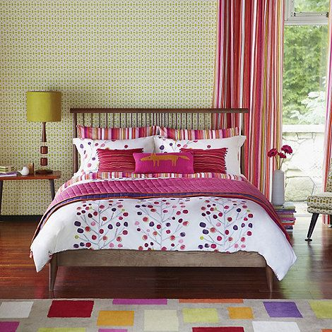 Best Scion Red Berry Tree Bed Linen Super King Duvet Cover 400 x 300