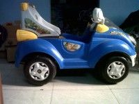 Its a Toy Car……2 years old….is in a good condition…..all fit and fine….brought it for the small child of the family……but now of no use…..grab it !
