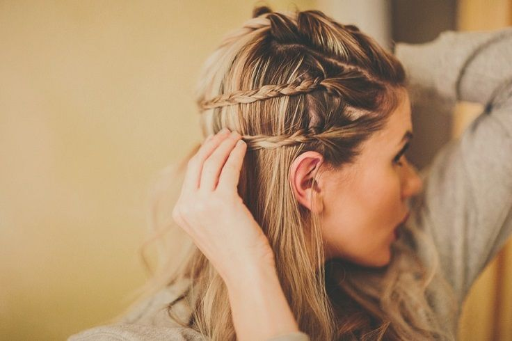 Top 10 Messy Braided Hairstyle Tutorials to Be Stylish This Fall - Top Inspired #messybraids