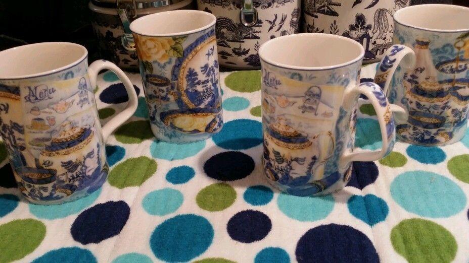 Blue Willow fine china tea cups  #RoyalDoulton