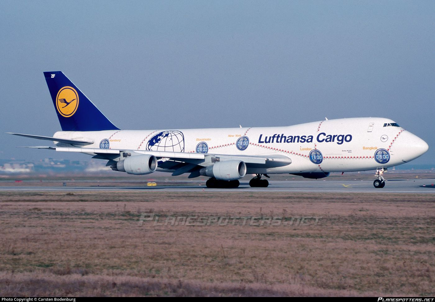 D Abzf Lufthansa Cargo Boeing 747 230f Photographed At Frankfurt Rhein Main International Fra Eddf By Carsten Bodenb Cargo Aircraft Boeing Airplane Fighter