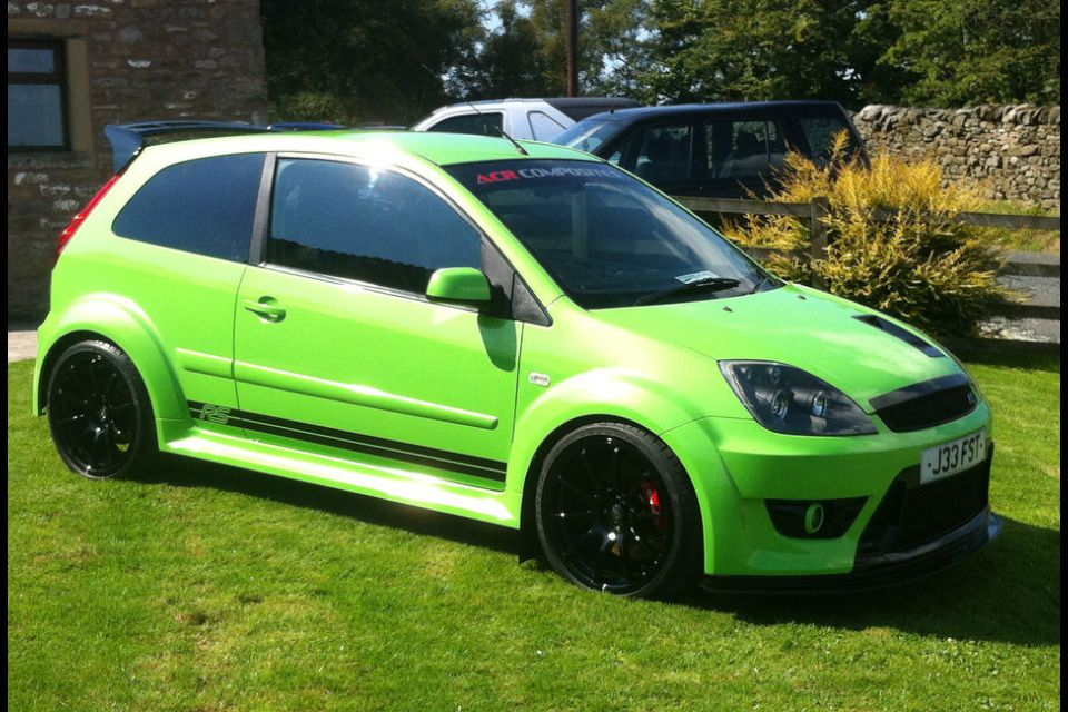 Fiesta St Cosworth Supercharged 325 Bhp Ford Fiesta St Ford Fiesta St Mk6 Cars Uk
