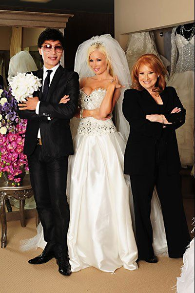 Strike a pose! | Brides of Beverly Hills | Pinterest | Brooch ...