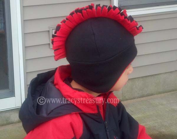 Fleece Hat with Ear Flaps - Tutorial and Printable Pattern!  9b1216943d9